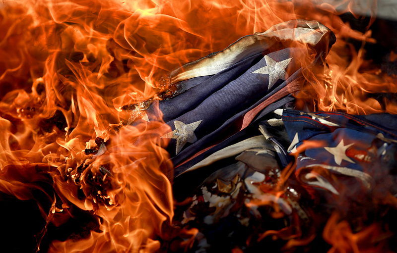 an introduction to burning an american flag United states v eichman issue: burning the american flag photograph courtesy of jacques m chenet / corbis background further internet study the issue before the court.